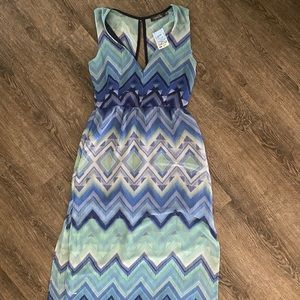 NWT Blue Chevron Patterned Dress
